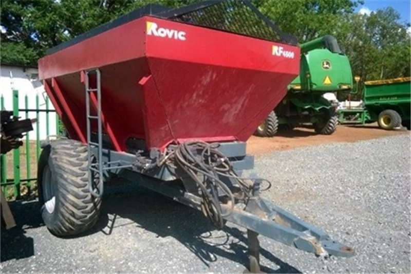 Spreaders-Fertiliser, Lime, Manure Other Rovic RF4500 0