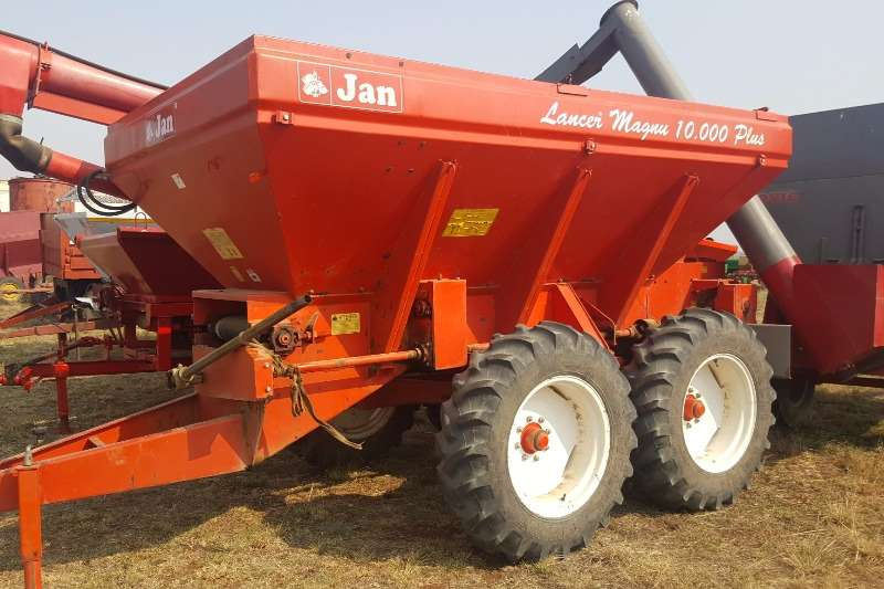 Spreaders Other JAN 10 Ton lime spreader with auger attachment 0