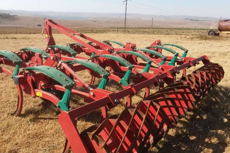 Primary tillers CLC II  13 tand Almost brand new. Only 250ha work Tillers