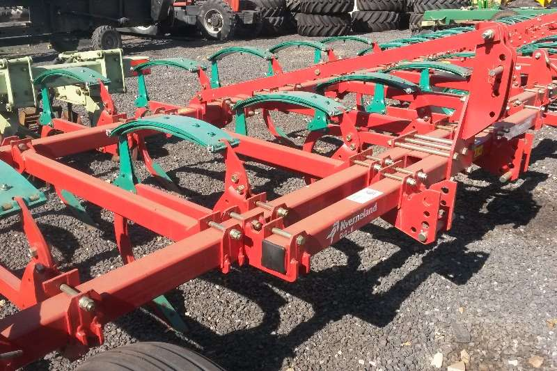 Primary tillers NEW CLC II   11 tand sonder rollers Tillers