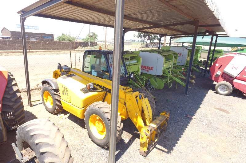 JCB 530/70 in very good working condition TLB's