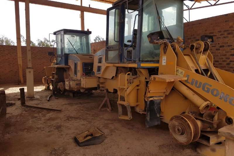 Liugong TLB FEL ( Stripping for parts) TLB's
