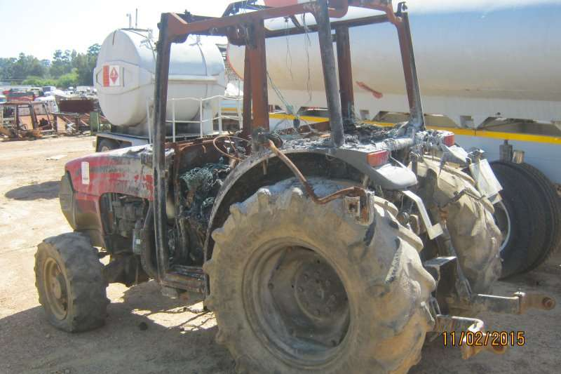 Case 1075 Tractors