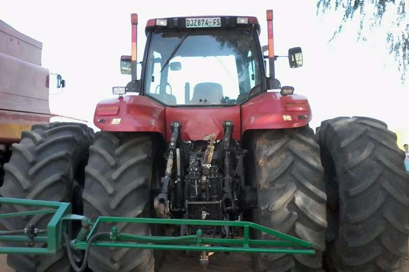 Case Model 310 Tractors