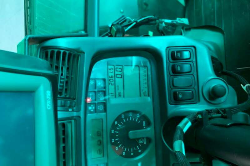 Deutz 265 4x4 Tractors