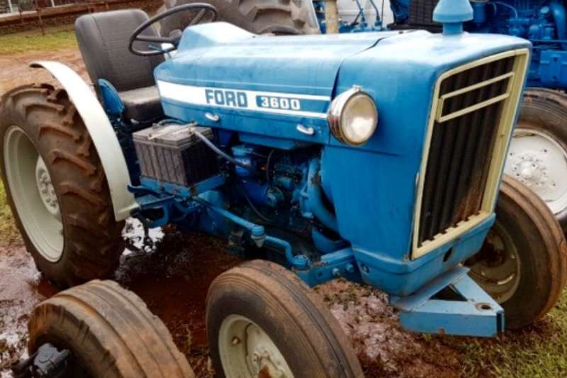 Ford 3600 Tractors
