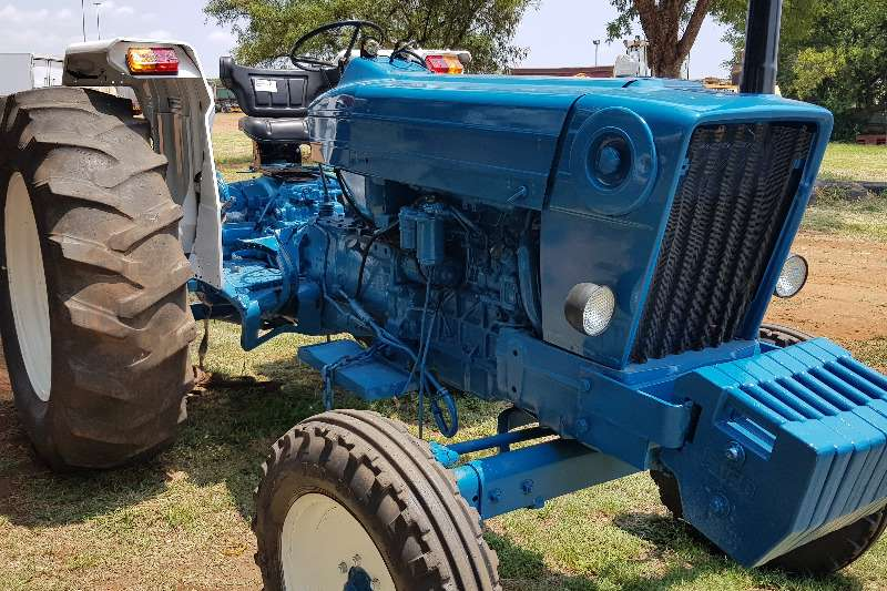 Ford FORD 7600 REFURBISHED Tractors