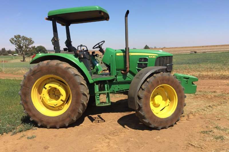 Tractors John Deere 6430 4x4 - With Roof 2008