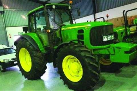 Tractors John Deere 6630 Prem Cab- 2012
