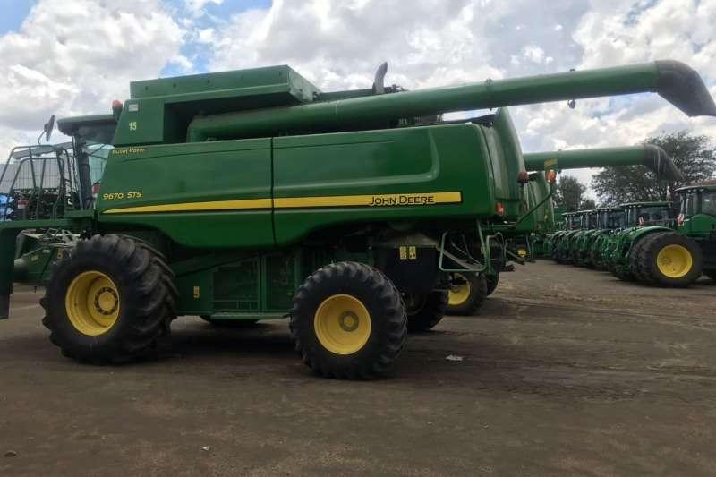 John Deere 9670 sts Tractors