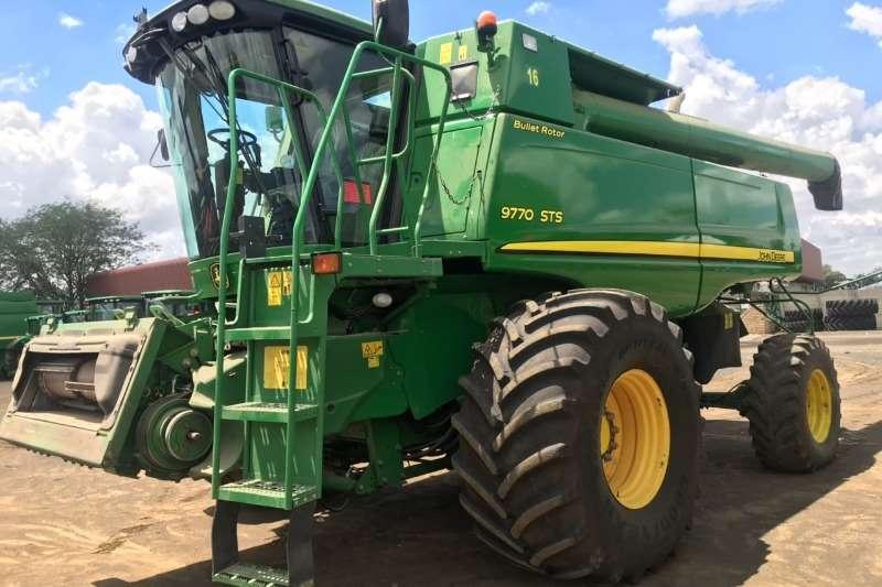 John Deere 9770 sts Tractors