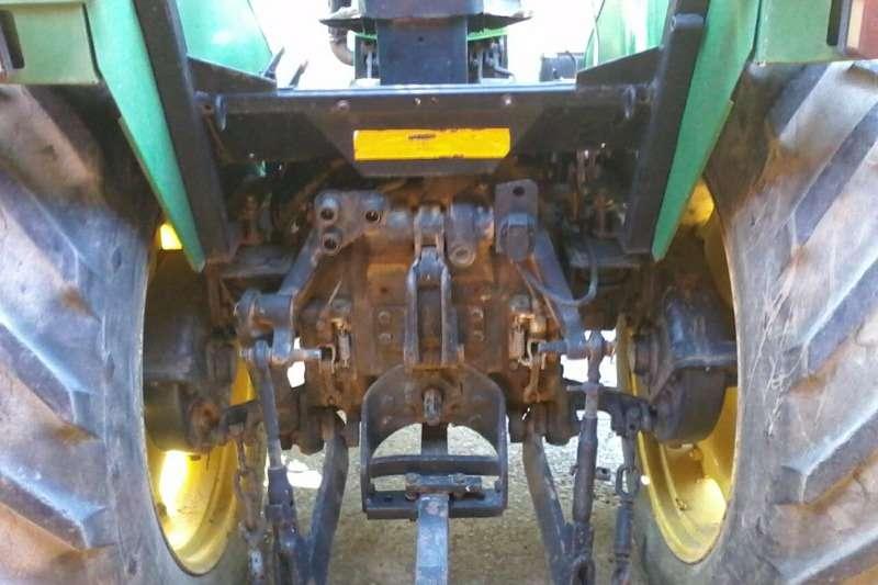 John Deere John Deere 2300 Tractors