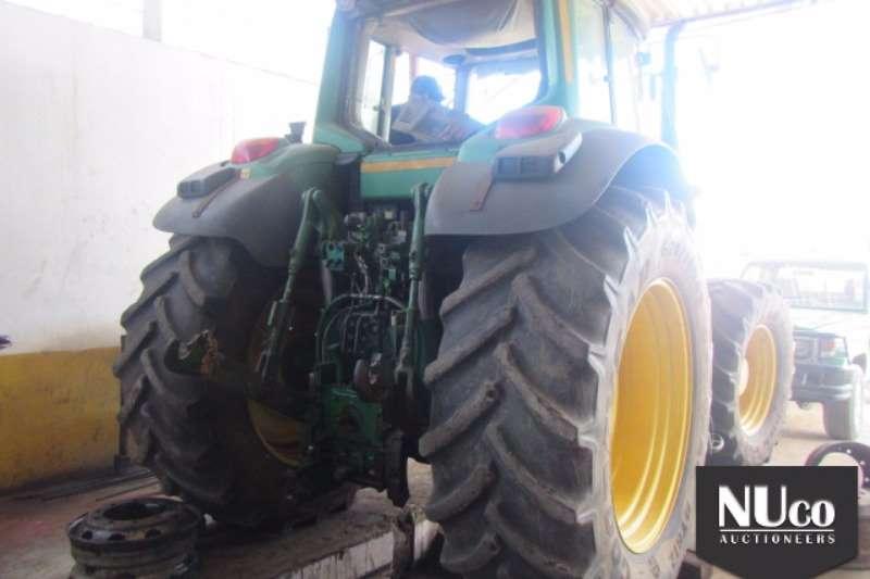 John Deere JOHN DEERE TRACTOR Tractors