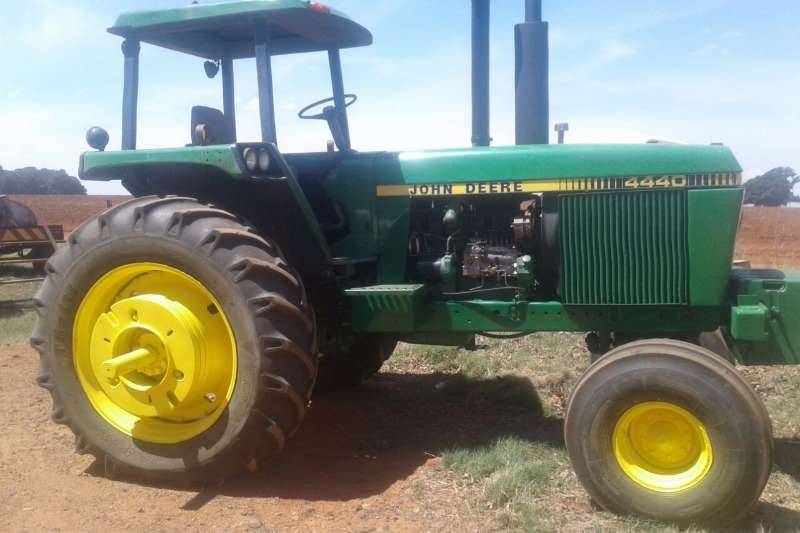 Farm Tractor 2 Wheel : John deere two wheel drive tractors