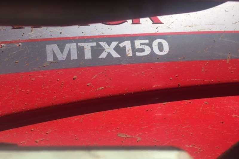 Mccormick MTX15 + Laaigraaf Tractors