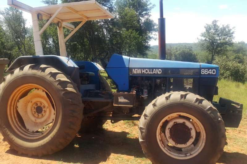 New Holland 6640 4x4 Tractors