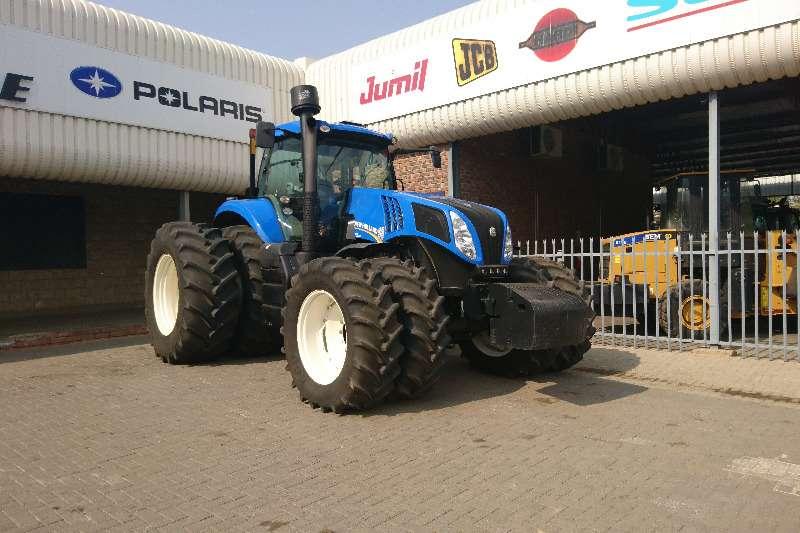 Tractors New Holland 8390T 2012