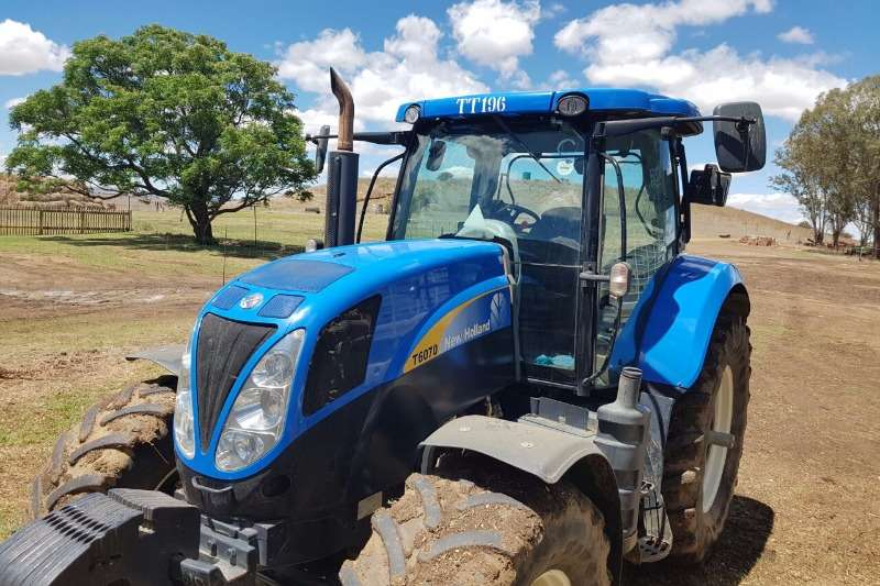 Tractors New Holland New Holland T 6070 2012