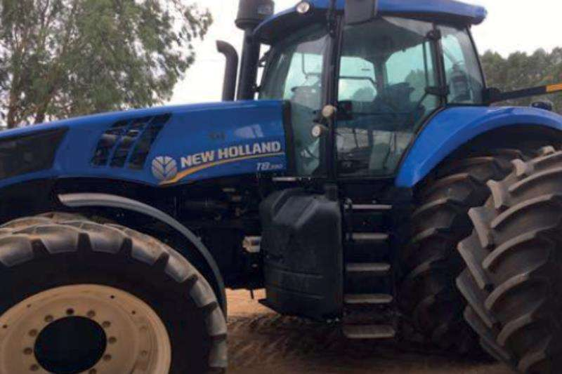 New Holland T8.390 Tractors