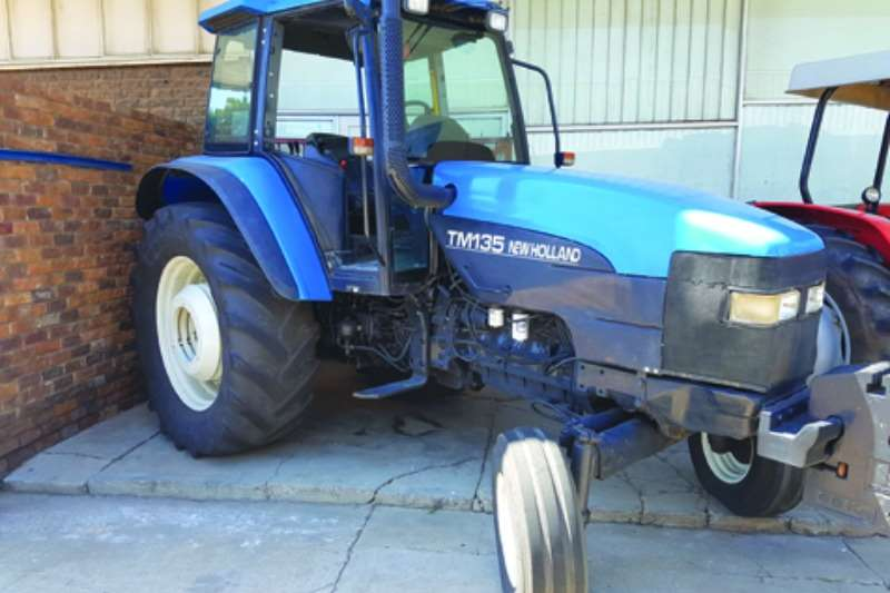 Other 135 2x4 Tractors