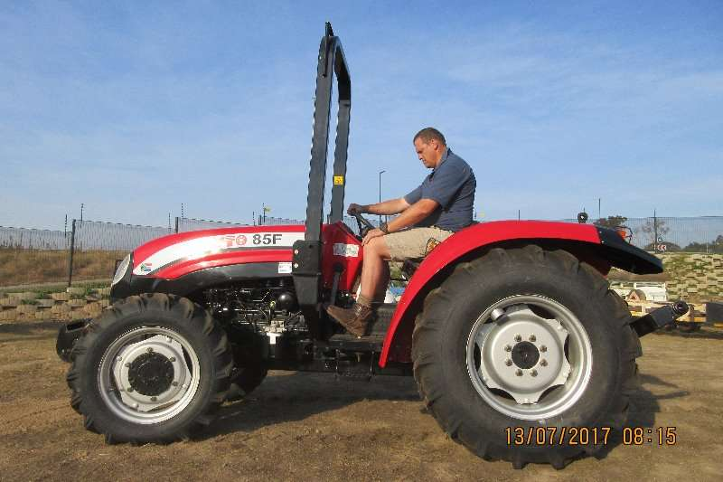 4 Wheel Drive Farm Tractors : Yto f wd kw four wheel drive tractors