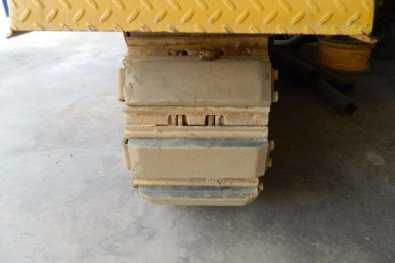 Caterpillar Gomaco TC600 Texturing & Curing Crawler Asphalt paver