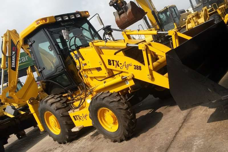 BTX-AGRI (388) Backhoe loader