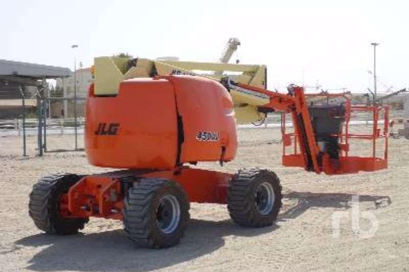 JLG 450AJ Boom lifts