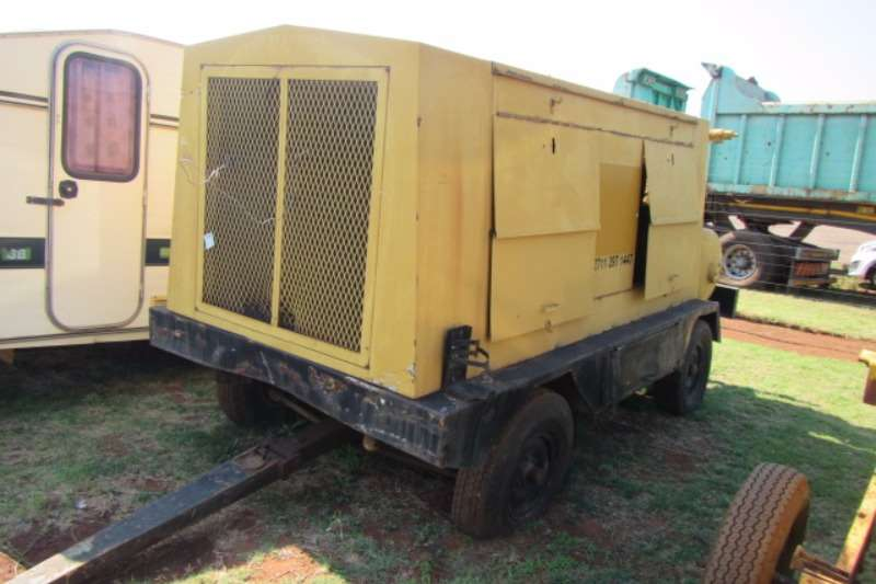 Compressors MOBILE AIR COMPRESSOR 0