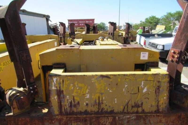 Fantuzzi 40 Ton Container Spreader Container stackers
