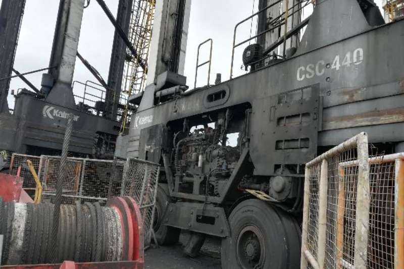 Kalmar CSC440, 40 Ton Straddle Carrier Container stackers