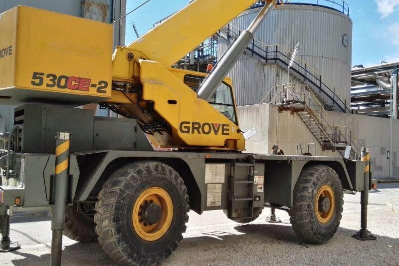 Grove RT530E2 Cranes