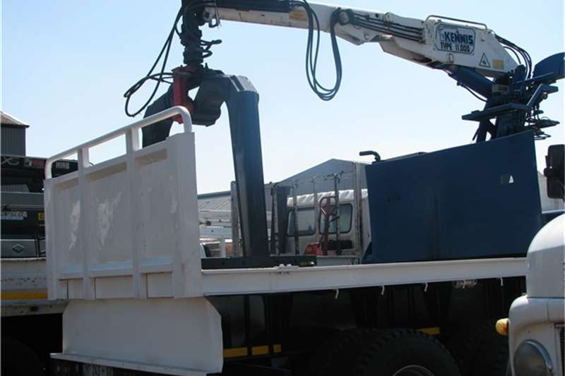 Other Truck mounted Used Kennis On trailer Cranes