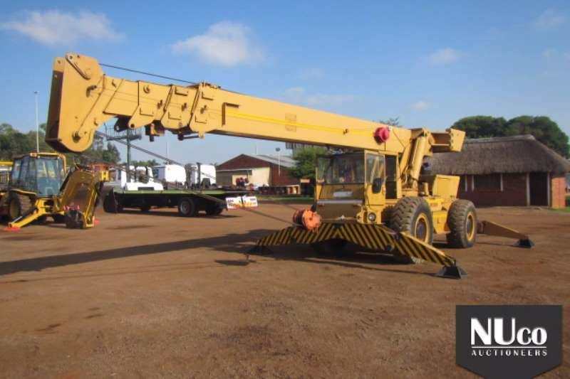 Cranes P&H P & H 18T ROUGH TERRAIN MOBILE CRANE #71036 0