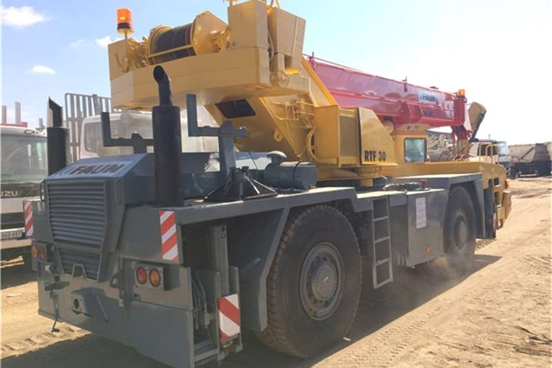 Tadano Mobile FAUN RTF30 30 TON Cranes