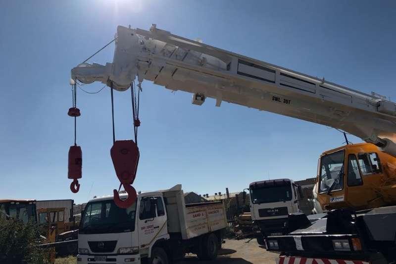 Tadano TR350M-1 ROUGH TERRAIN CRANE Cranes
