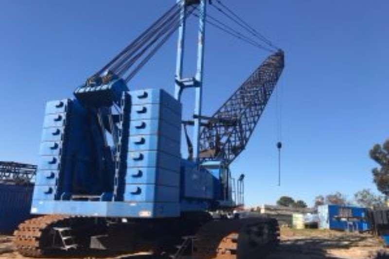 Kobelco CKE2500 (250 TON) CRAWLER CRANE Crawler crane