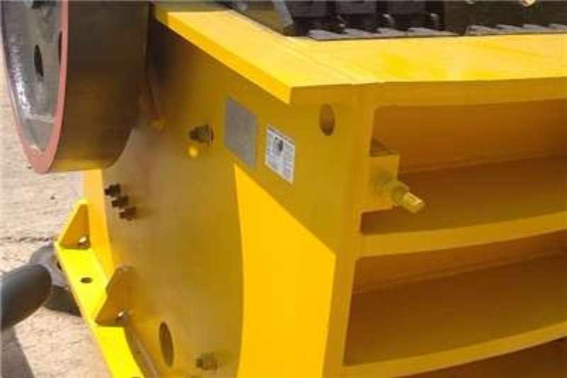 Sheffield Jaw crusher 25 by 36 inch Crushers
