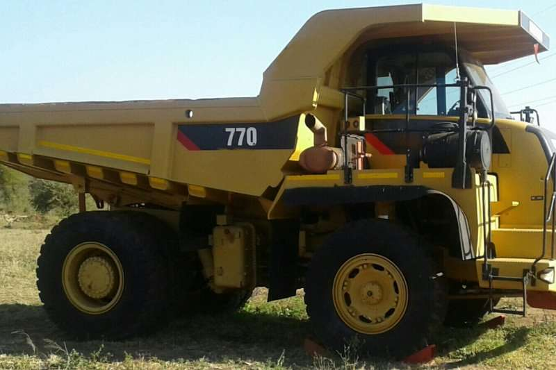 Dumpers Caterpillar 770 0