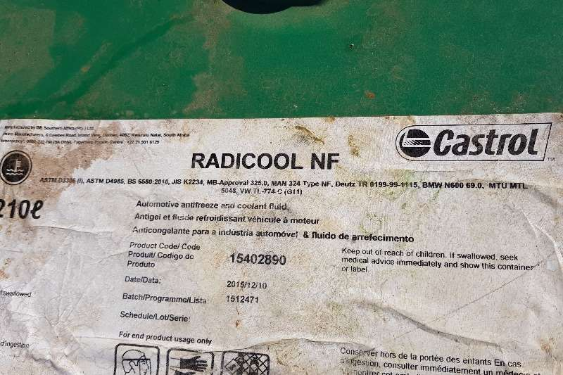 Cummins new oil Castrol  agritrans axle apx 80w hyspin Engines