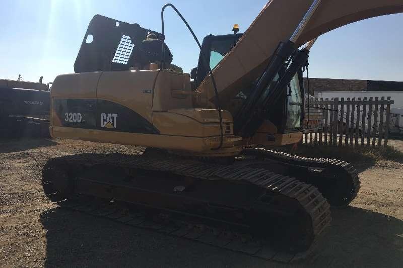Caterpillar 2007 CAT 320D excavator Excavators