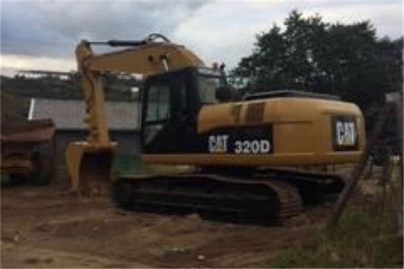Excavators Caterpillar 2010