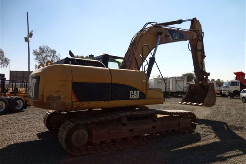 Caterpillar 325 DLME Excavators