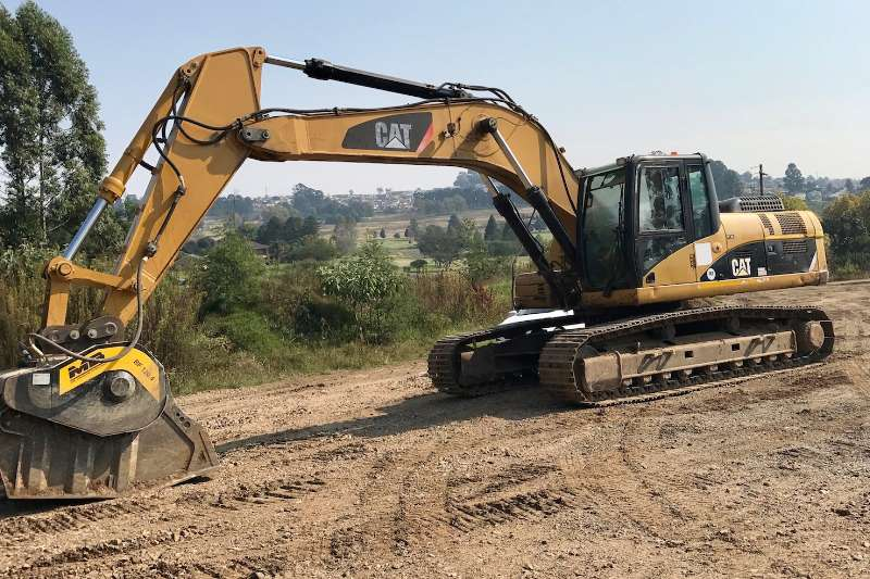 Excavators Caterpillar 325D 2009