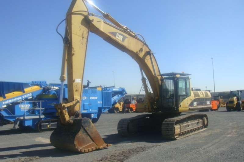 Caterpillar 330 C Excavators