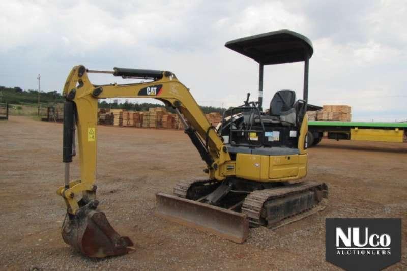 Excavators Caterpillar CAT 302C MINI EXCAVATOR 2010