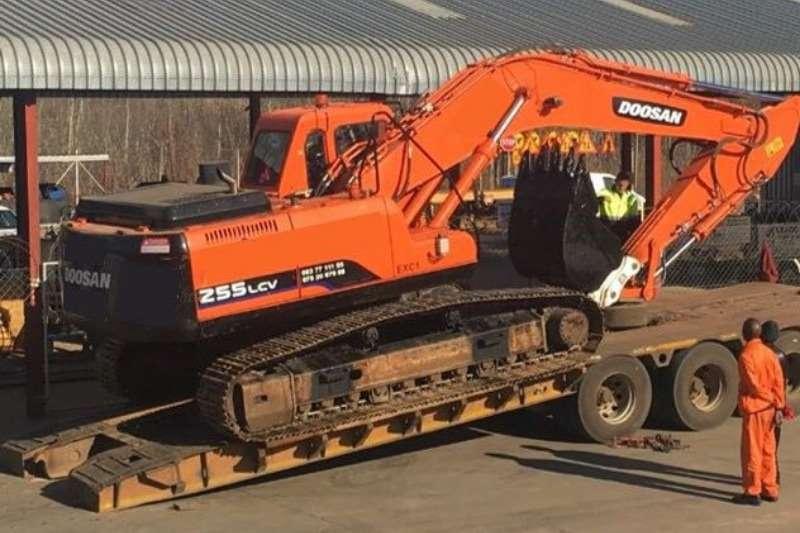 Doosan S255LCV Excavator Excavators