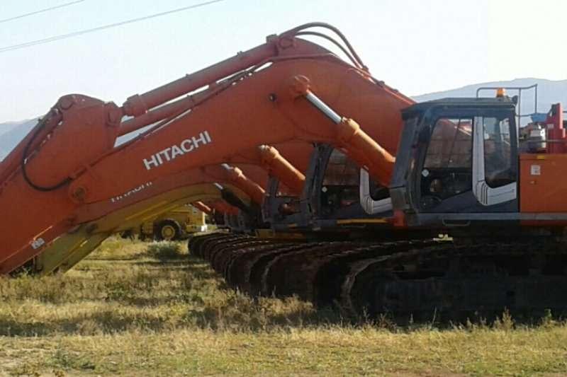 Hitachi 870LCR Excavators