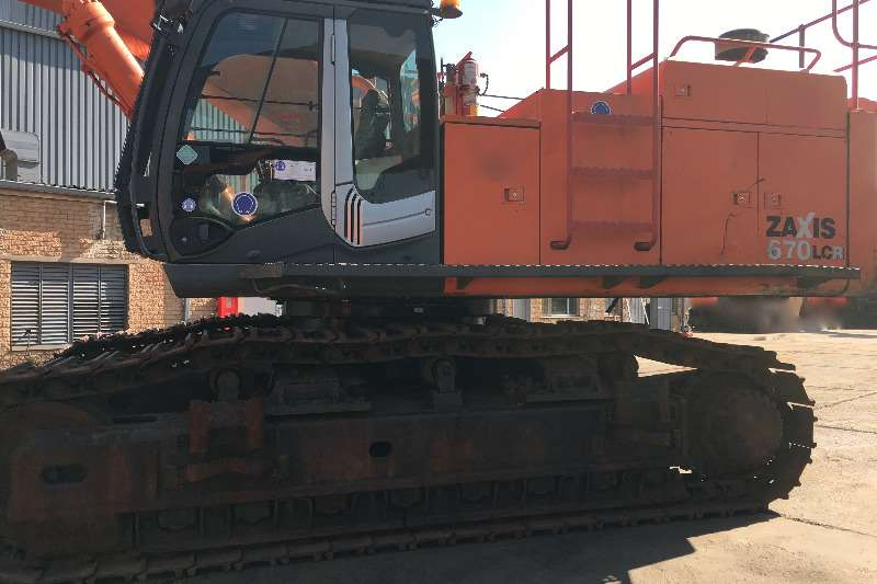 Hitachi ZX670LCR-3 Excavators