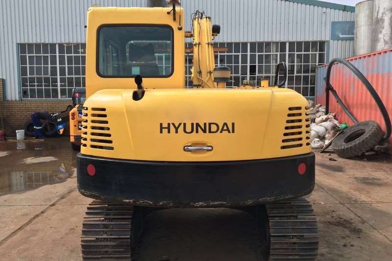 Hyundai 8TON Excavators